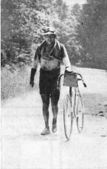Octave Lapize on the Ballon d'Alsace in the 1911 Tour de France