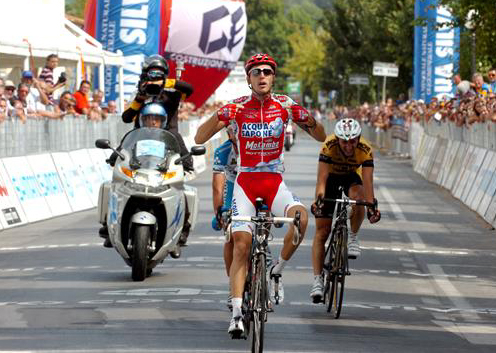 GP Camaiore finish