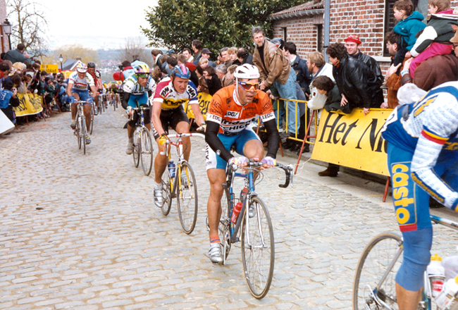 Peter van Petegem and Jesper Skibby on the Old Kwaremont