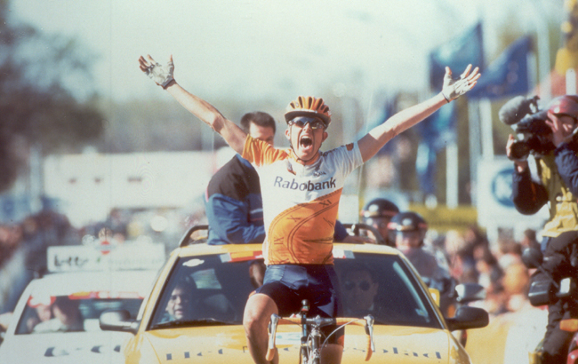 Rolf Sorensen wins the 1997 Tour of Flanders