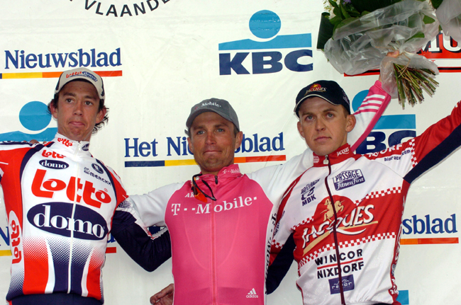 2004 Tour of Flanders podium