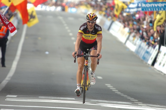 Boonen finishes second