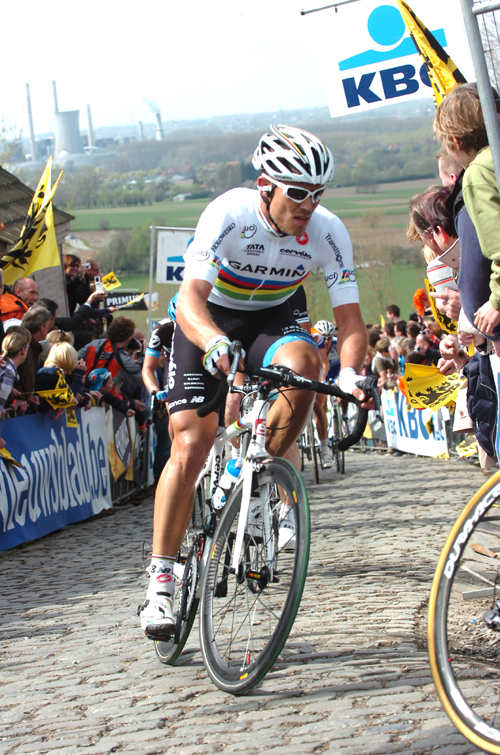 Thor Hushovd climbs the Patersberg