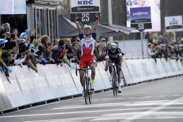 Alexander Kristoff wins the 2015 Tour of Flanders