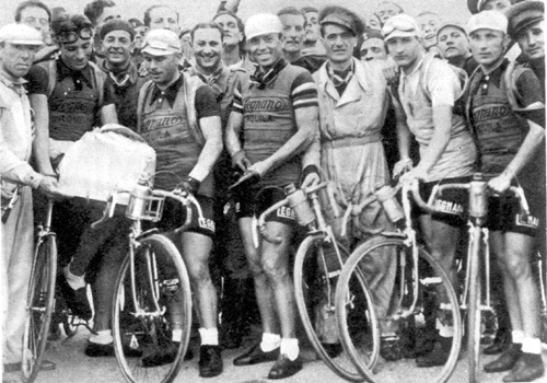 Bartali with his Legnano team