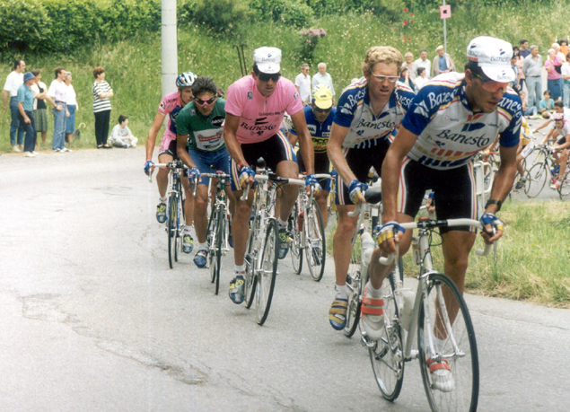 Miguel Indurain in pionk with Claudi Chiappucci