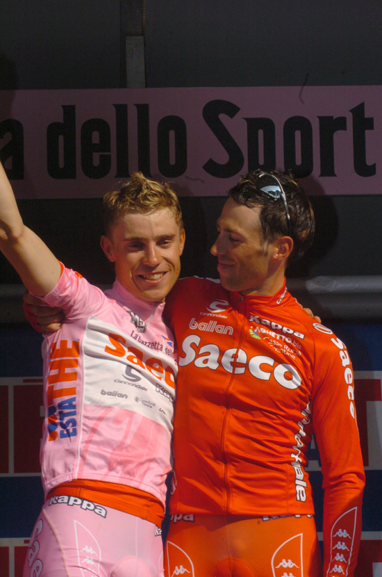 Damiano Cunego and Gilberto Simoni on the final podium