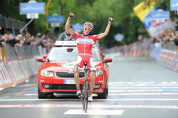 Maxim Belkov wins stage 9