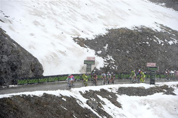 Vincenzo Nibali leads up the Galibier in the 2013 Giro d'Italia