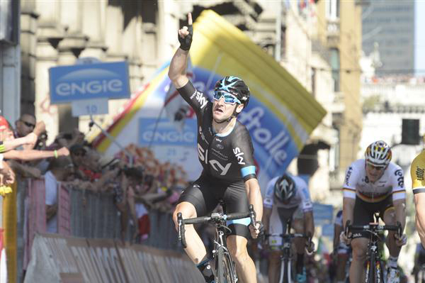 Elia viviani wins the sprint