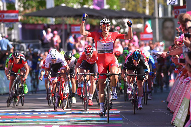Marcel Kittel wins Giro stage 3