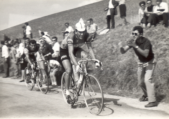 Vittorio Adroni riding the 1967 GP Castrocaro Terme