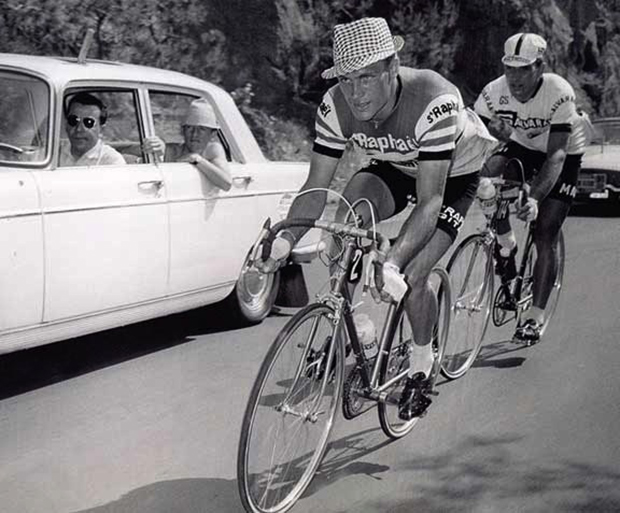 Rudi Altig rides the 1962 Tour de France