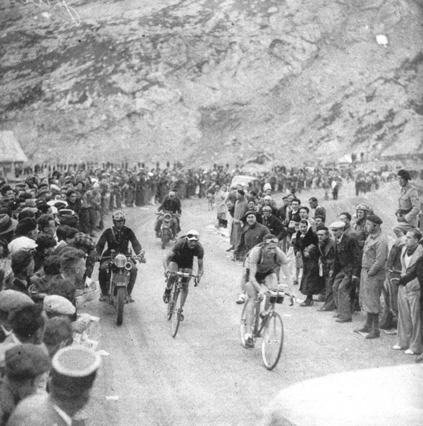 Vicini leads Bartali in stage 15 of the Tour de France