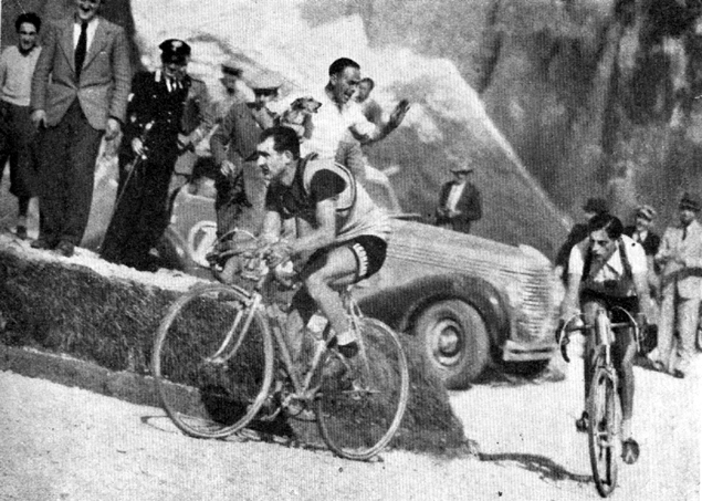 Bartali leads Coppi n the 1940 Giro