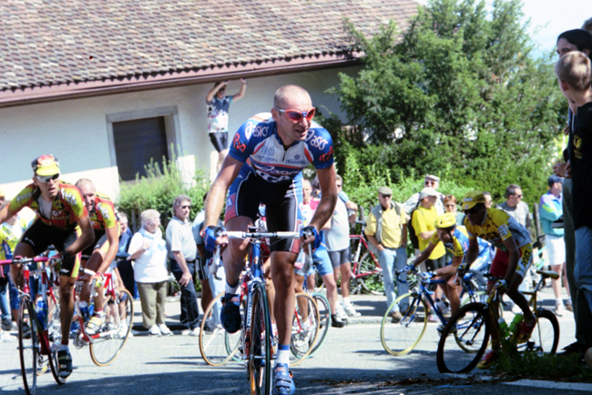 Paolo Bettini rides the 1998 Championship of Zurich