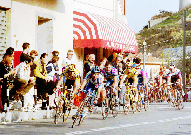 Paolo Bettini in the 2000 Milano-San Remo