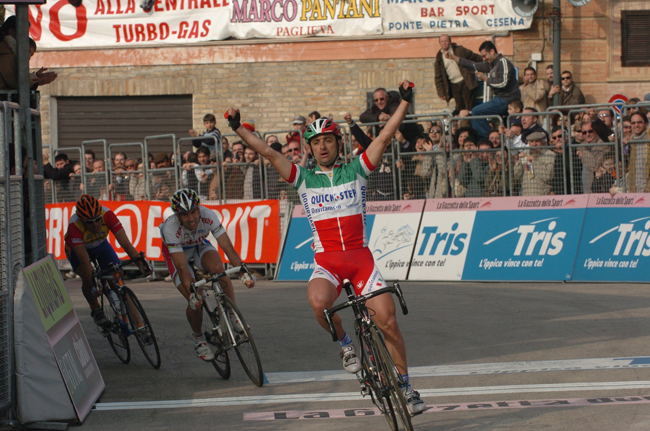 Bettini wins stage four of Tirrreno-Adriatico