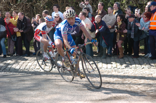 Paolo Bettini in the 2006 ronde van Vlaanderen