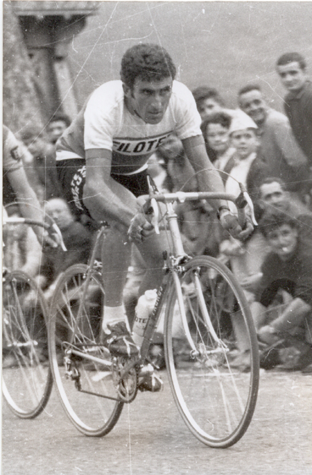 Franco Bitossi in the 1968 Tour de France red points jersey