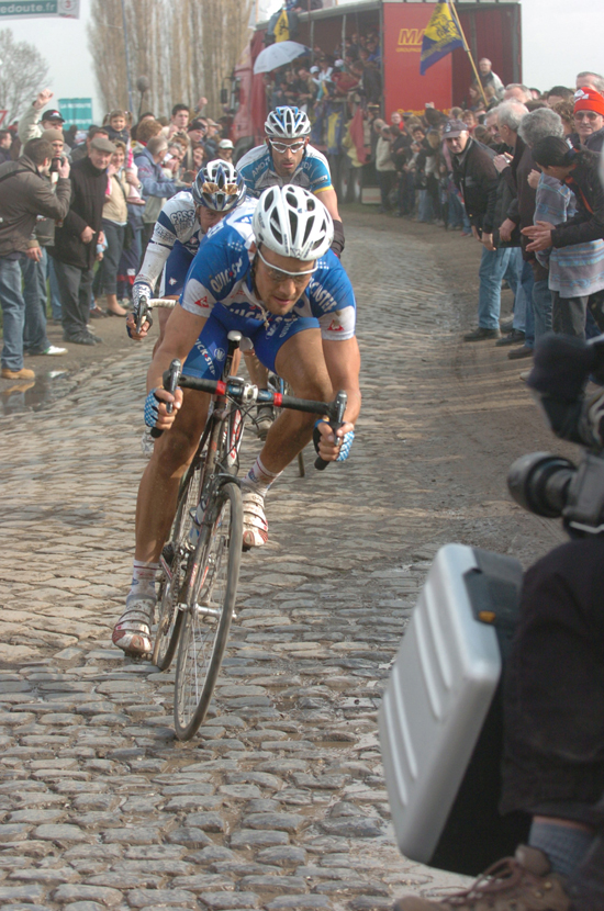 Tom boonen in the 2005 Paris-Roubaix