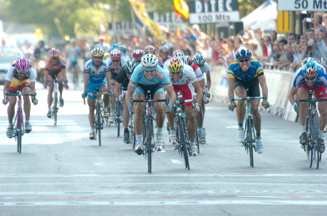 Tom Boonene wins the 2005 World Road Championships