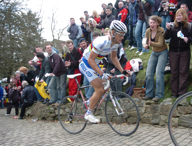 Tom Boonen on the Grammont in the 2006 Tour of Flanders