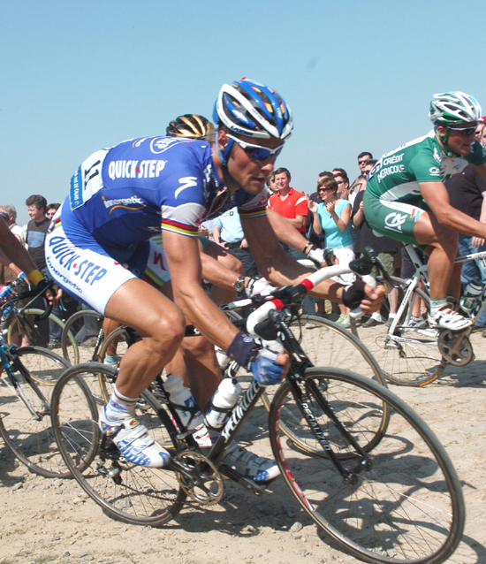 Tom Boonen in the 2007 Paris-Roubaix