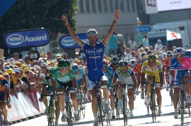 Tom Boonen wins stage 6 of the 2007 Tour de France