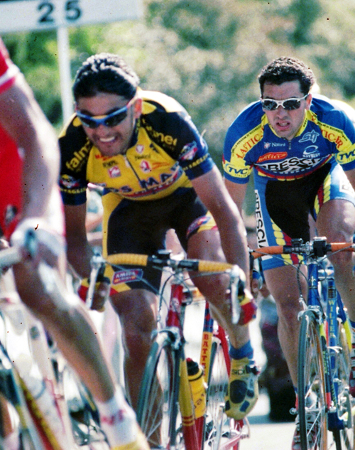 Claudio Chiappucci in stage 4 of the 1998 Giro d'Italia