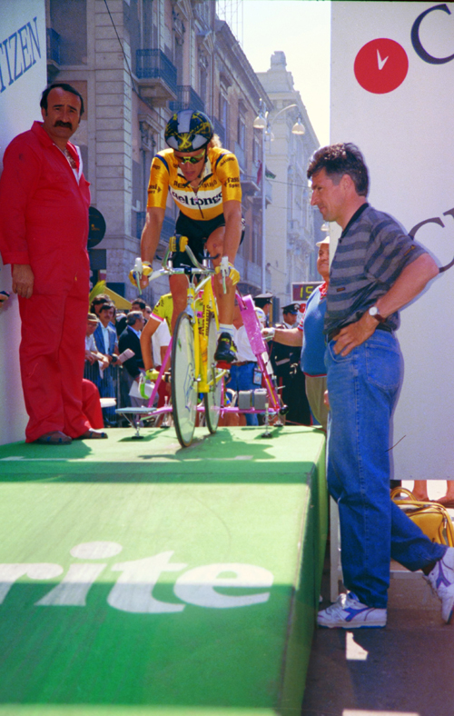Cipollini at stage 1 of the 1990 Giro d'Italia
