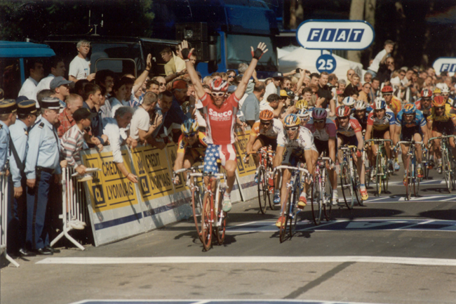 Mario Cipollini wins the first stage of the 1997 Tour