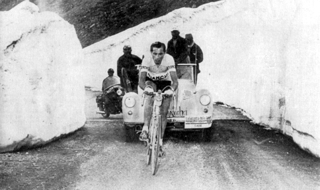 1953 Giro d'Italia: Fausto Coppi on the Passo dello Stelvio