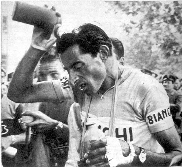 1955 Giro d'Italia: Coppis suffers in the heat