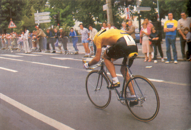 fingon riding the 1984 Tour de Frane prologue