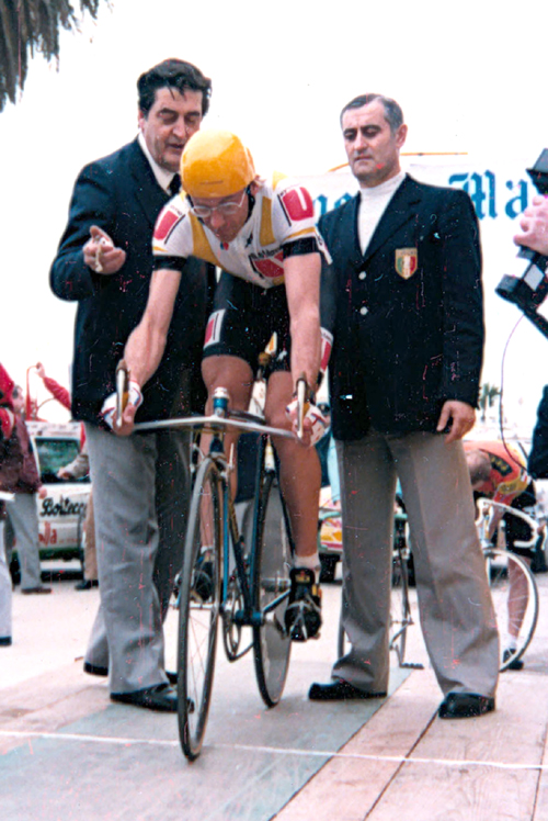 Laurent Fingon is ready to start the stage 6 time trial in the 1986 tirreno-Adriatico