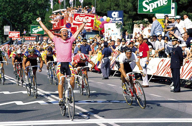 fignon outsprints Maurizio Fondriest to win stage 20 of the 1989 Giro d'Italia