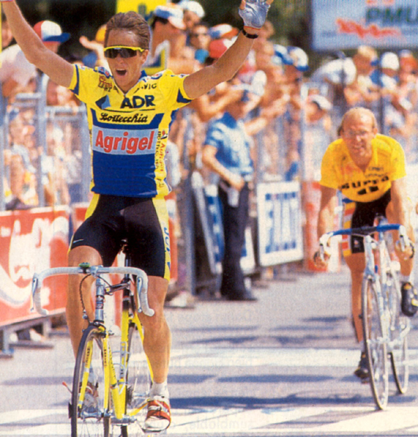 1989 Tour de france stage 18: LeMpond beats Fignon