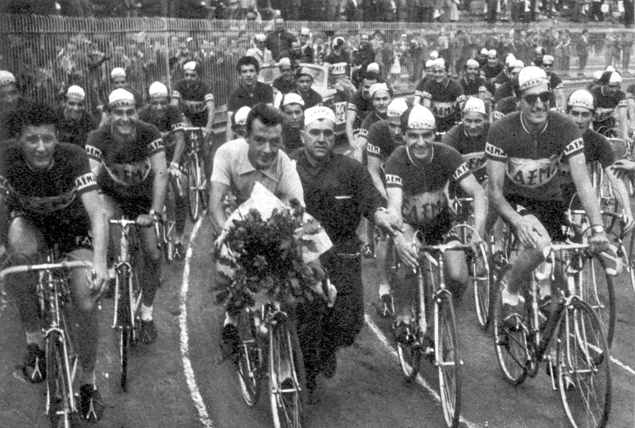 Charly Gaul and his team