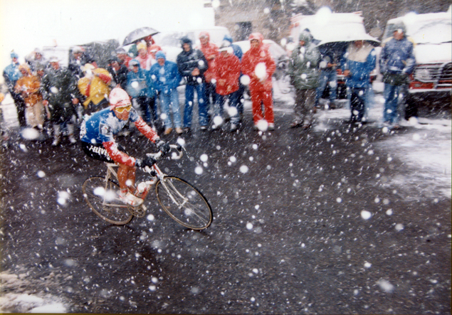 Andrew Hampsten on the Gavia in 1988