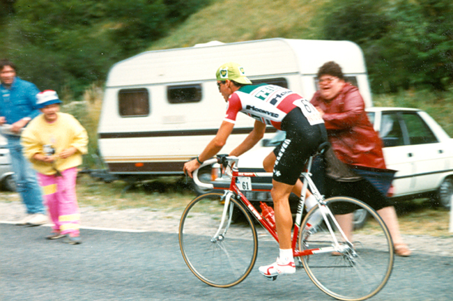 Hampsen rides to Villard de Lans in stage 12 of the 1988 Tour de France