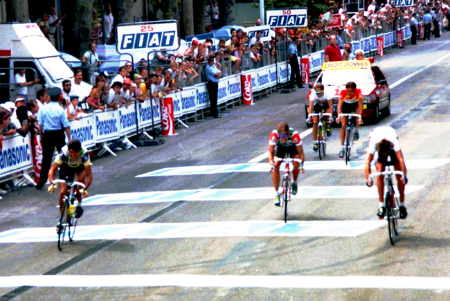 Hampsten gets third in the 1990 Tour de France stage 13 sprint