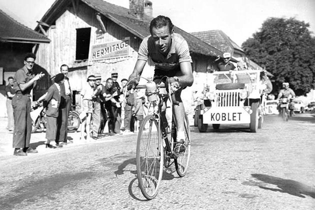 Hugo Koblet time-trialing