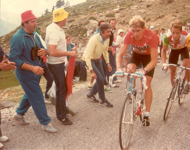 Zimmermann leads LeMond in stage 16 of the 1986 Tour