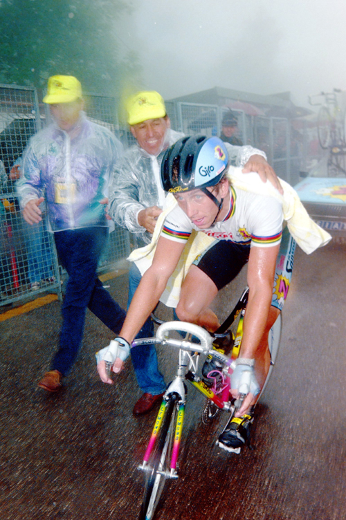 LeMond finishes stage 20 of the 1990 Giro