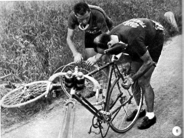 1948 Tour of Italy, Magni repairs a flat
