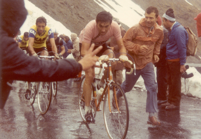 Eddy Merckx on the stelvio in the 1972 Giro
