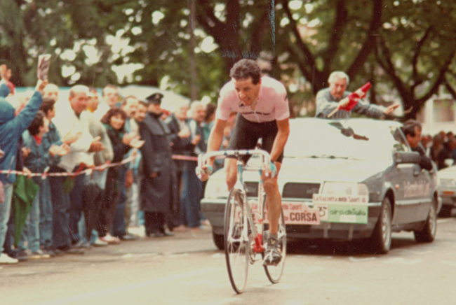 Roche riding the 1987 Giro d'Italia stage 13 time trial