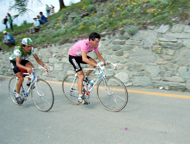 Roche rides to Pila in the 1987 Giro d'Italia