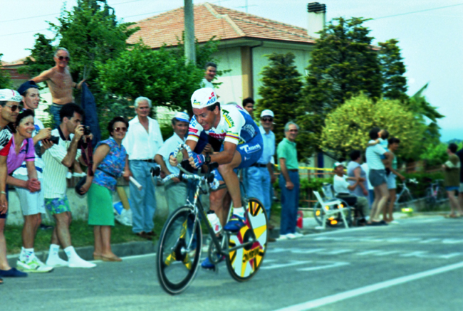 Roche riding the 1993 Giro d'Italia stage 10 time trial